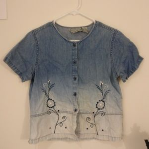 Ombre chambray shirt w/ flower embroidery